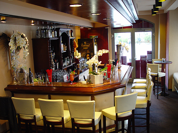 single bar zwickau Hotel bar non-smoking room wheelchair-friendly pets allowed room facilities bathroom hotel ibis budget zwickau nord 08058 zwickau - crossen approx 11 km.